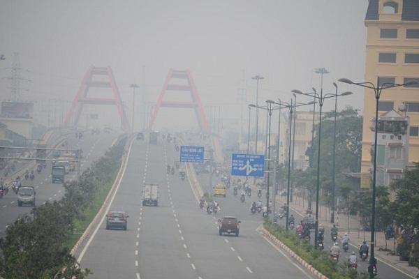 Nồng độ bụi PM2.5 ở Hà Nội cao nhất 5 năm qua
