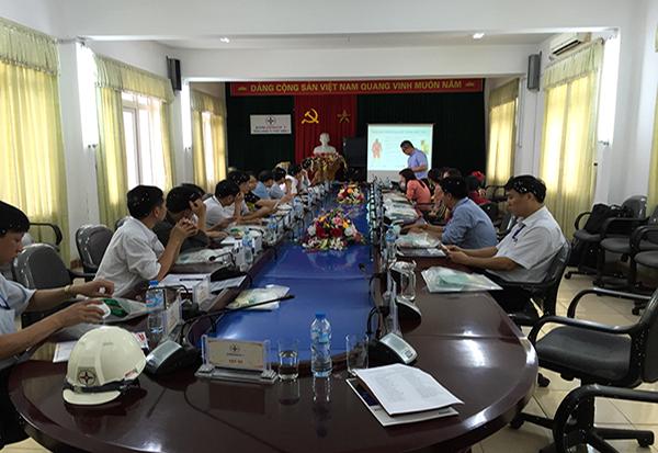 3TK kết hợp với chuyên gia hãng ANSELL giới thiệu sản phẩm mới tại nhà máy nhiệt điện Uông Bí