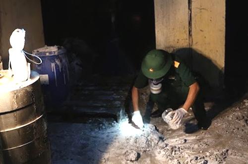 Làm rõ phạm vi ô nhiễm sau vụ cháy Rạng Đông